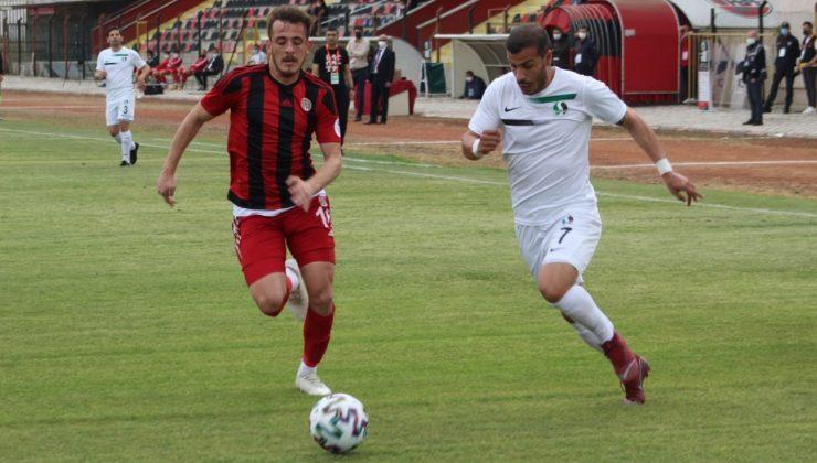Turgutluspor-Sakaryaspor: 0-3