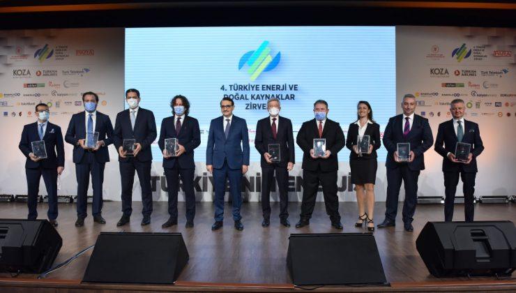 Enerji ve Doğal Kaynaklar Zirvesi'nde SEDAŞ'a ödül