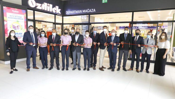Özdilek Holding Yatırımlarında Hız Kesmiyor!  Özdilek Yeni Departman Mağazasını Sakarya'da Açtı!