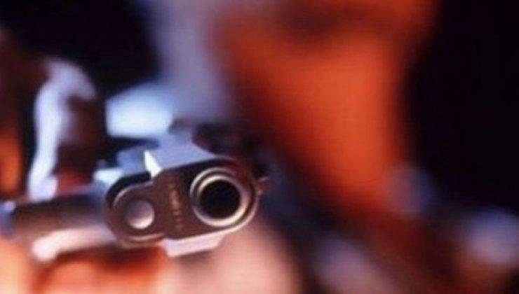 Serdivan'da bir kişi silahla kendisini vurarak intihar etti