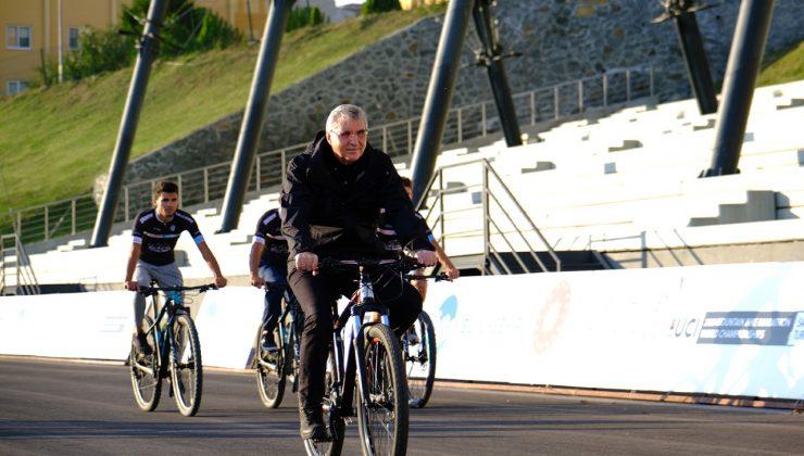 Başkan Yüce'den müjdeli haber;  BMX Dünya Şampiyonası Ayçiçeği Bisiklet Vadisi'nde