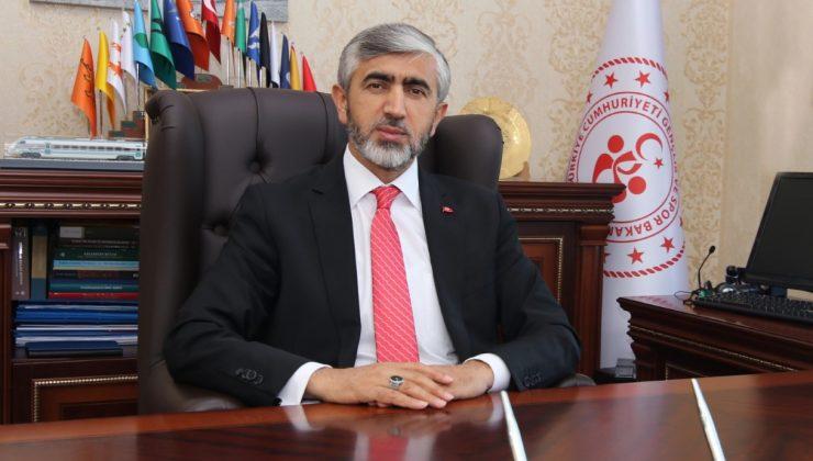 Sakarya Gençlik ve Spor İl Müdürü Arif Özsoy, Kurban Bayramı nedeniyle kutlama mesajı yayımladı.  İl Müdürü Arif Özsoy'un mesajı şöyle: