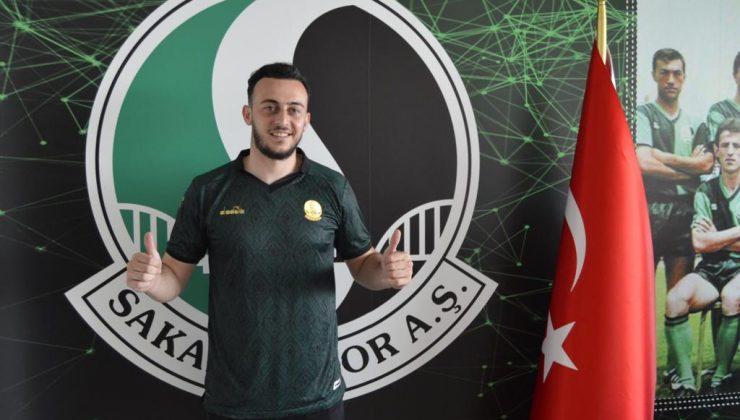 Furkan Köse Sakaryaspor'da, İmzalar Atıldı