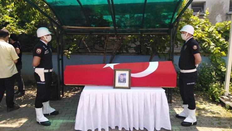 İlhan Bayrı resmi törenle son yolculuğuna uğurlandı