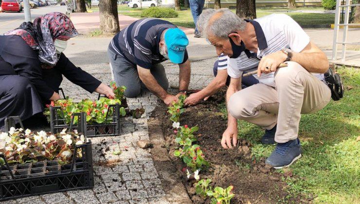 Yaşlılar Büyükşehir'le çok mutlu