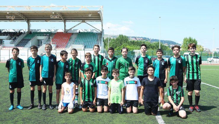 20 farklı branşta ücretsiz yaz okulu eğitimi var  Büyükşehir'le spor dolu bir yaz