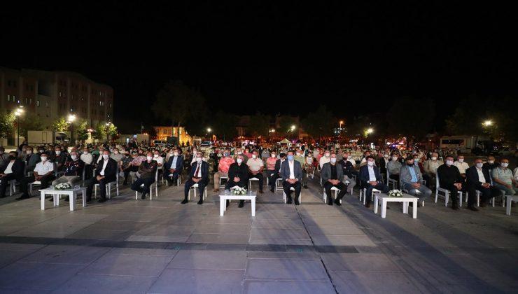 Depremin 22. yılı Demokrasi Meydanı'nda anılacak