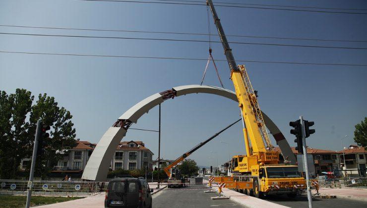 Büyükşehir'den Köprü Geçişli Yol Projesi'ne estetik dokunuş
