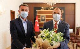 SAKARYA VOLEYBOL'DAN VALİ KALDIRIM'A ZİYARET