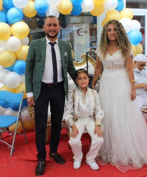 Gezici ailesinin mutlu günü Büyük mutluluk