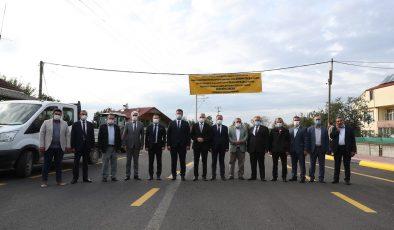 """3 bin metre yol, 7 bin 500 ton asfalt ve 3 Milyon 266 Bin Lira yatırım  """"Pazarköy Caddesi şehrimize ve ilçemize hayırlı uğurlu olsun"""""""
