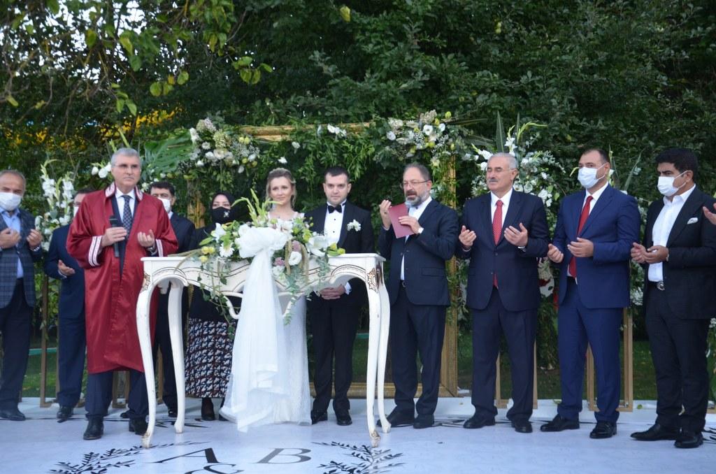 Yılın Düğünü Sakarya'da gerçekleşti