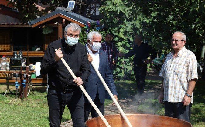 Pekmez Festivali yoğun ilgi gördü