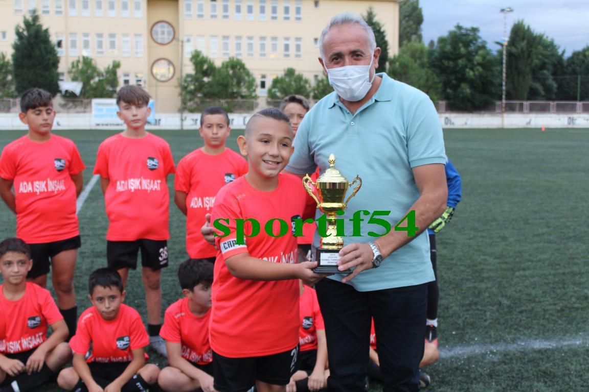 Arifiye U12 Futbol Turnuvası final maçlarıyla sona erdi.